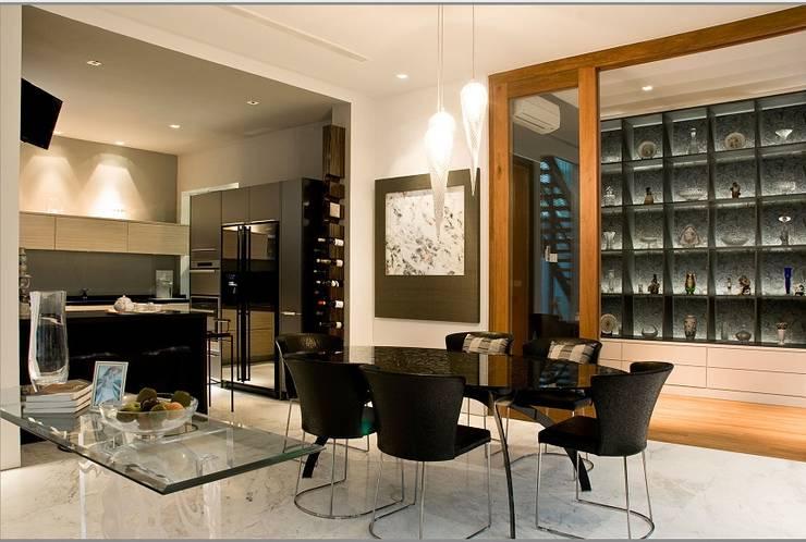 Dapur modern:  Dapur by E&U