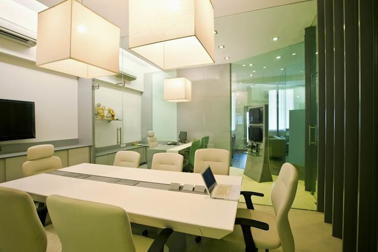 Conference/ Meeting Room:  Commercial Spaces by Studio - Architect Rajesh Patel Consultants P. Ltd ,Modern