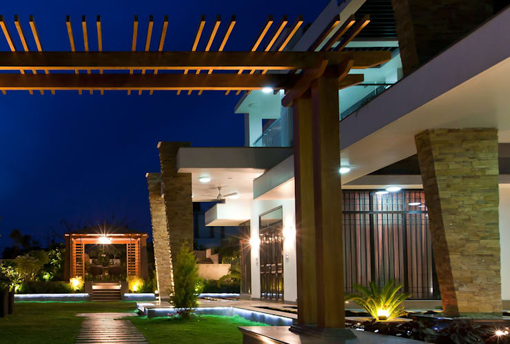 Bansal Residence, Bhavnagar:   by Prem Nath And Associates