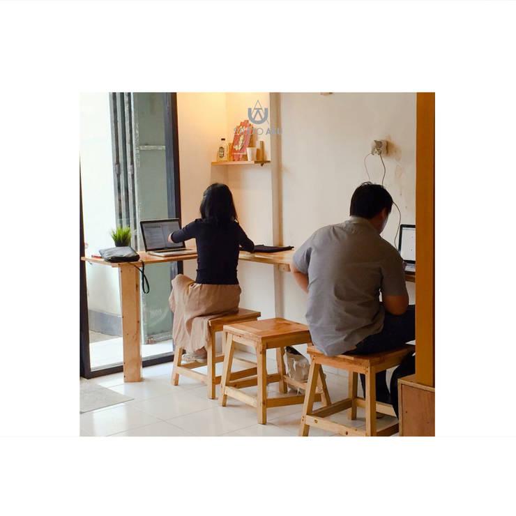 Cafeeiro 08:  Ruang Komersial by Studio AKU
