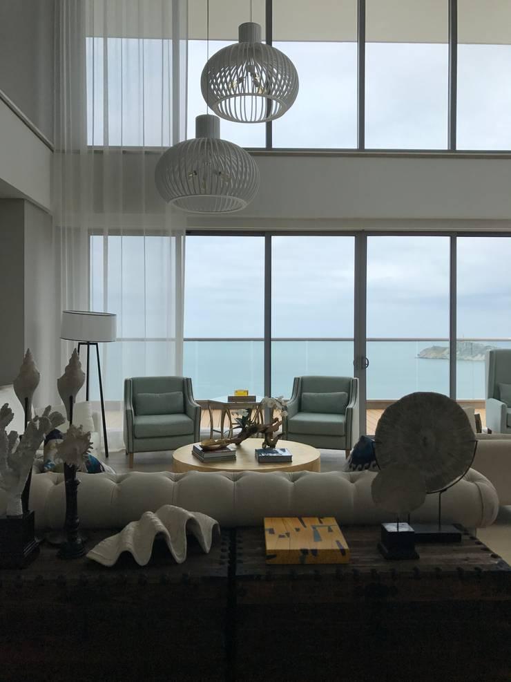 sala: Salas de estilo  por Ecologik
