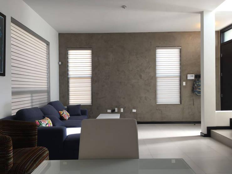 Emplaste Acabado concreto Pulido: Paredes de estilo  por Pitaya