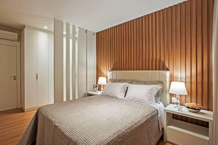 Schlafzimmer von Carolina Kist Arquitetura & Design