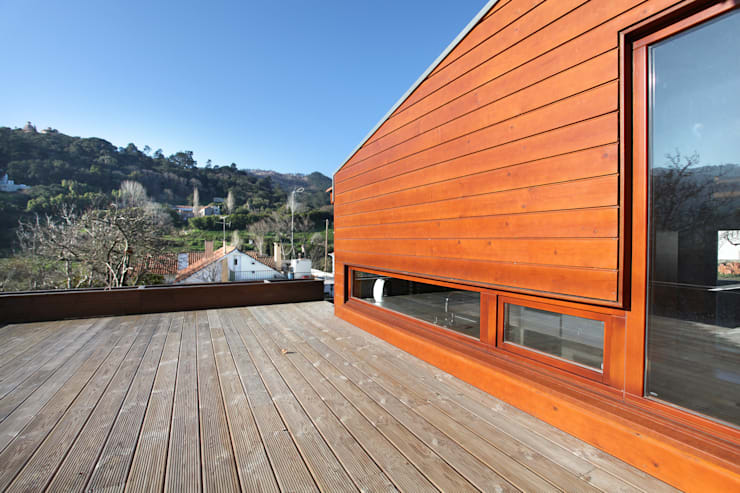 Rumah kayu oleh Rusticasa, Modern Kayu Wood effect