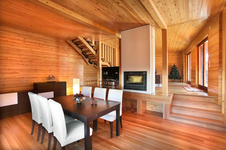 Ruang Makan oleh Rusticasa, Modern Kayu Wood effect