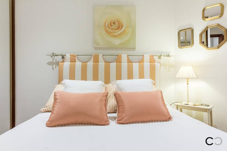 Chambre de style de style Classique par CCVO Design and Staging