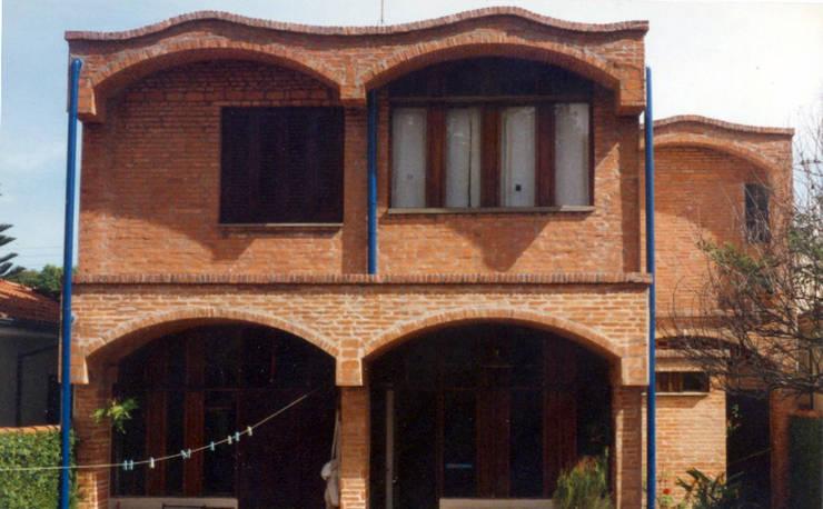 Casas unifamiliares de estilo  por JMN arquitetura