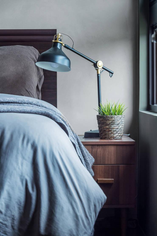 Camera da letto in stile  di 齊禾設計有限公司, Scandinavo Legno Effetto legno