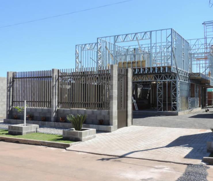 Rumah by Decorvisão | Sistemas de Remodelação e Construção LSF