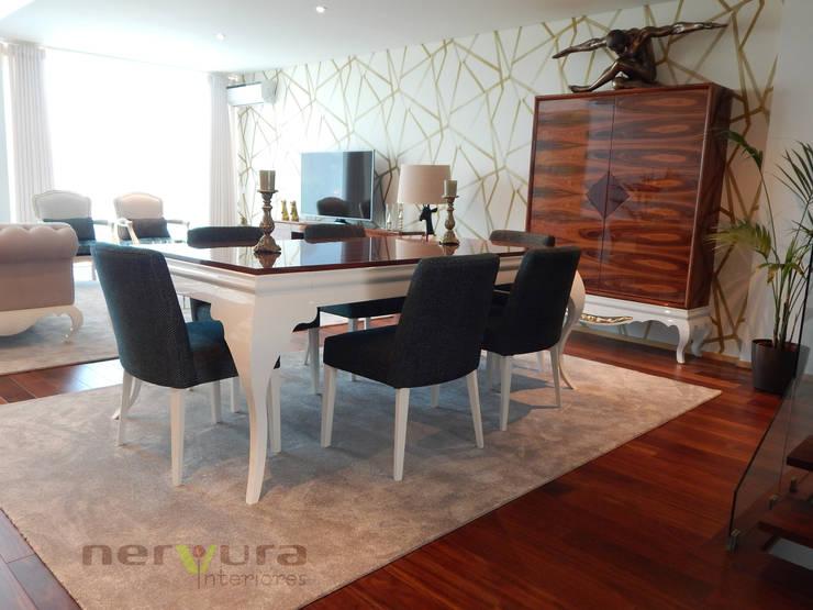 Sala de Jantar: Sala de jantar  por Nervura Interiores