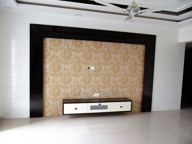 YASHWIN BANER PUNE: modern Living room by decormyplace