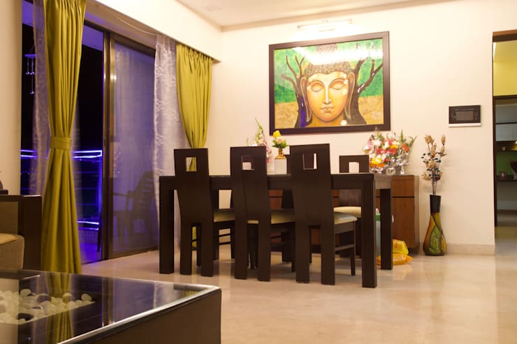 AMIT BLOOMFIELD 3BHK: classic Dining room by decormyplace