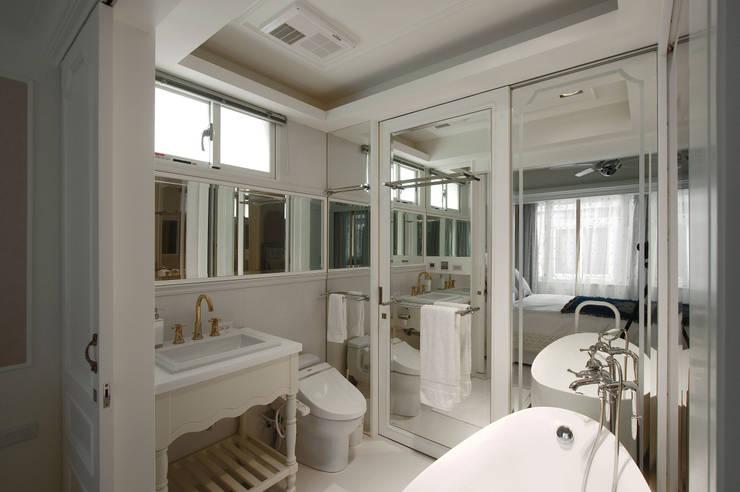 法式浪漫古典:  浴室 by 哲嘉室內規劃設計有限公司
