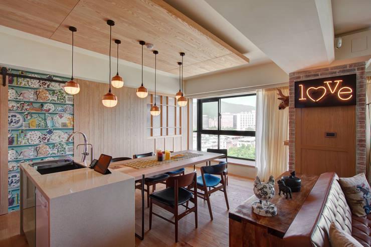 光陰的故事:  餐廳 by 哲嘉室內規劃設計有限公司