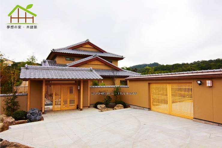 Wooden houses by 詮鴻國際住宅股份有限公司