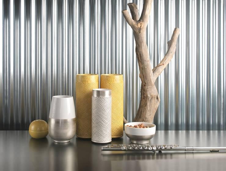 Contagious yellow: Casa  por Arfai Ceramics Portugal