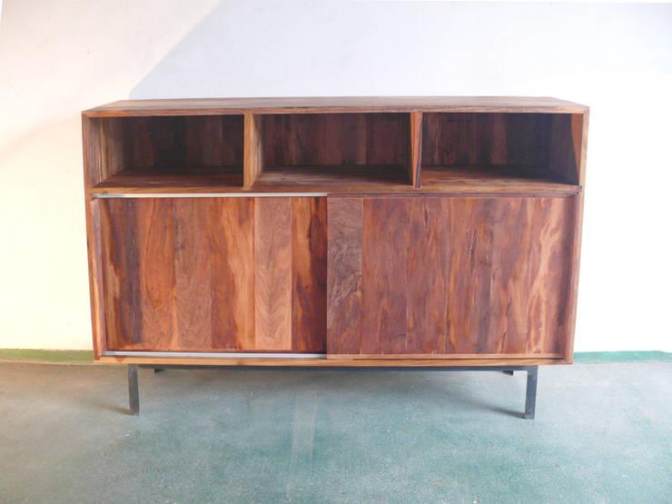 Moduar de almacenaje:  de estilo  por Ducoinstudio Diseño de Mobiliario,Minimalista Madera maciza Multicolor
