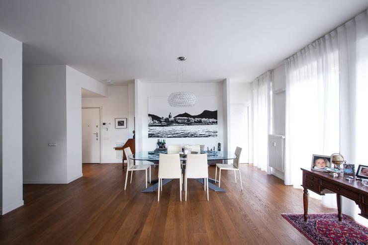 modern Dining room by Chantal Forzatti architetto
