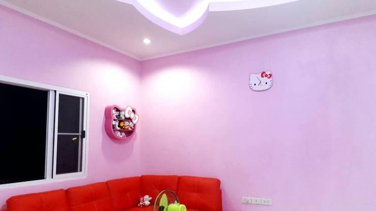 บ้านคิ๊ตตี้ kitty house:   by ภูมิพัฒน์รับสร้างบ้าน