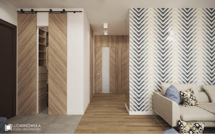 MAKALU: styl , w kategorii Korytarz, przedpokój zaprojektowany przez Ludwinowska Studio Architektury