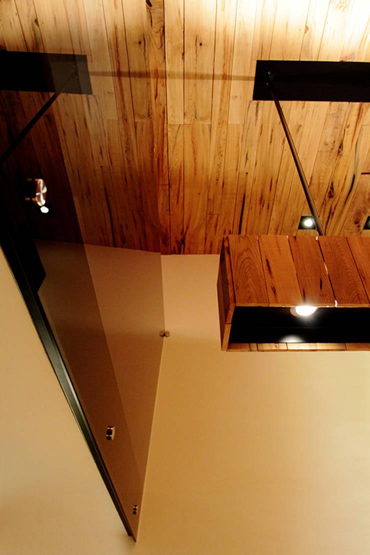 檜樂:  辦公室&店面 by 四一室內裝修有限公司