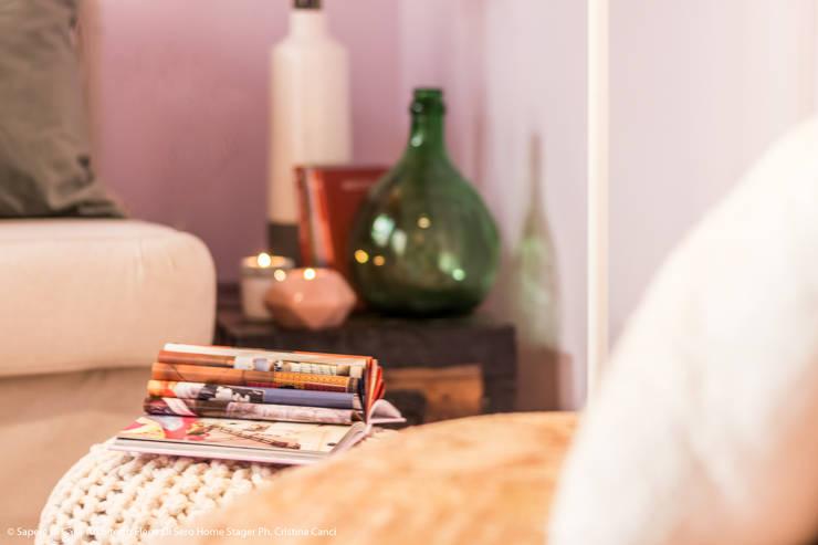 Projekty,  Salon zaprojektowane przez Sapere di Casa - Architetto Elena Di Sero Home Stager