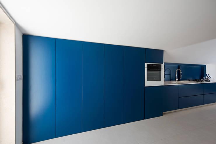 modern  by Laboratorio di Progettazione Claudio Criscione Design , Modern