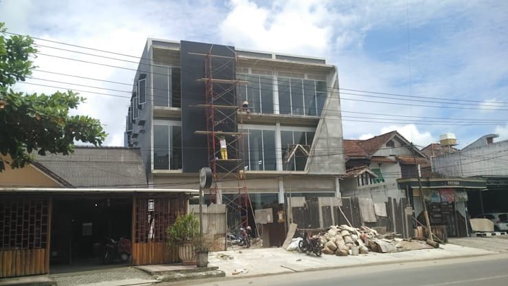 Ruko 3 Lt Tatalala :  Kantor & toko by bplusarsitektur