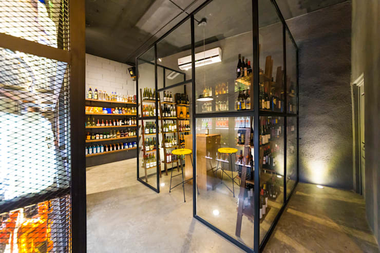 Commercial Spaces by MAR STUDIO