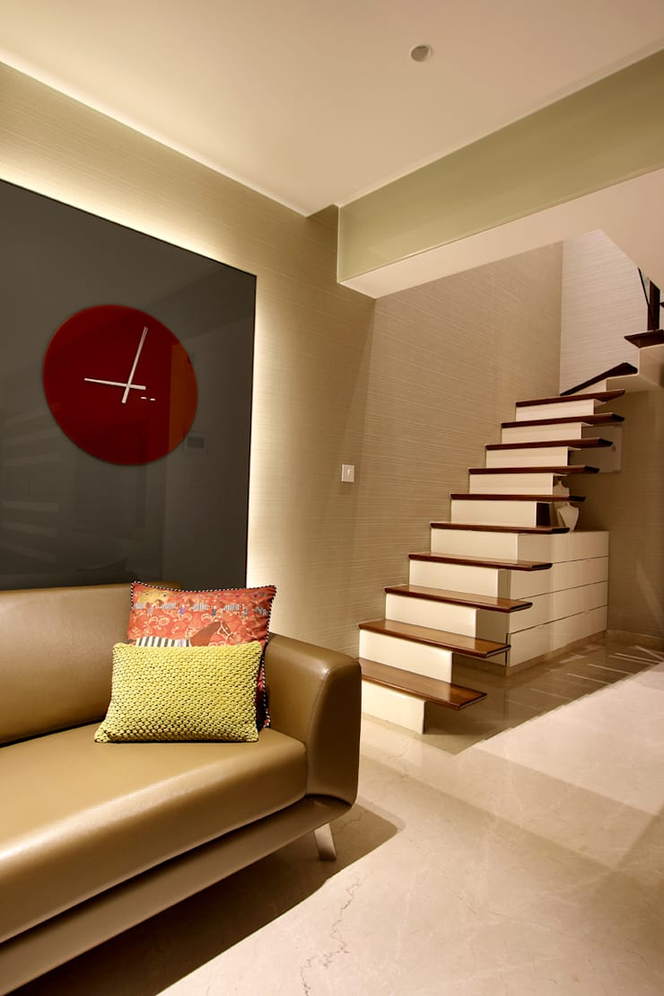 safal penthouse:  Corridor & hallway by USINE STUDIO