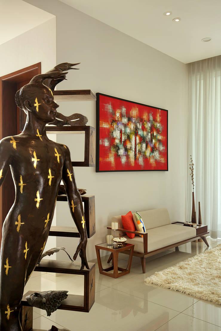 akshay shah (samruddhi bungalow):  Living room by USINE STUDIO