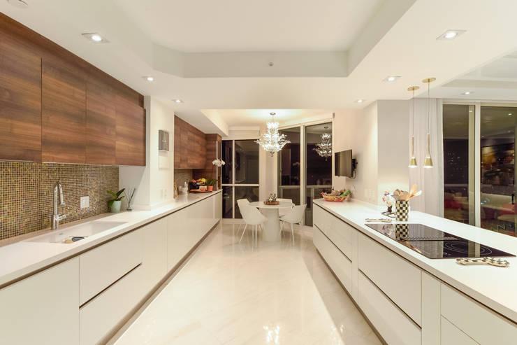 廚房 by NIVEL TRES ARQUITECTURA