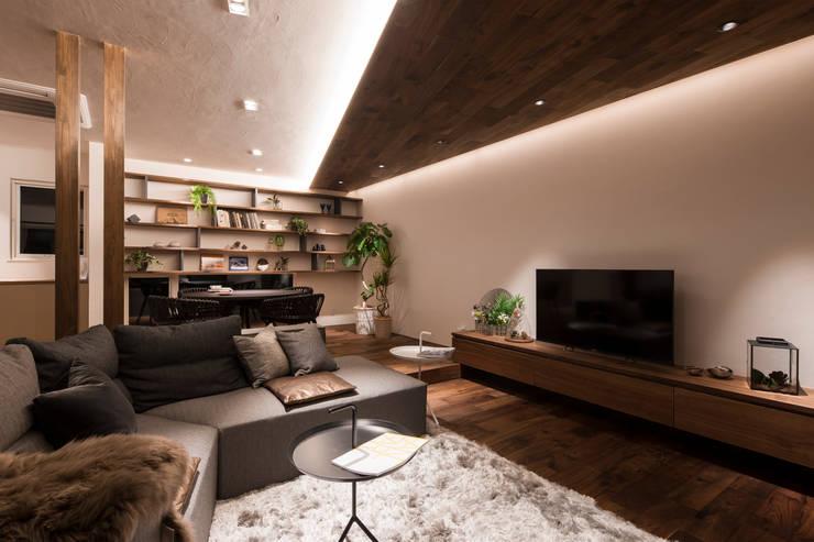غرفة المعيشة تنفيذ FANFARE CO., LTD