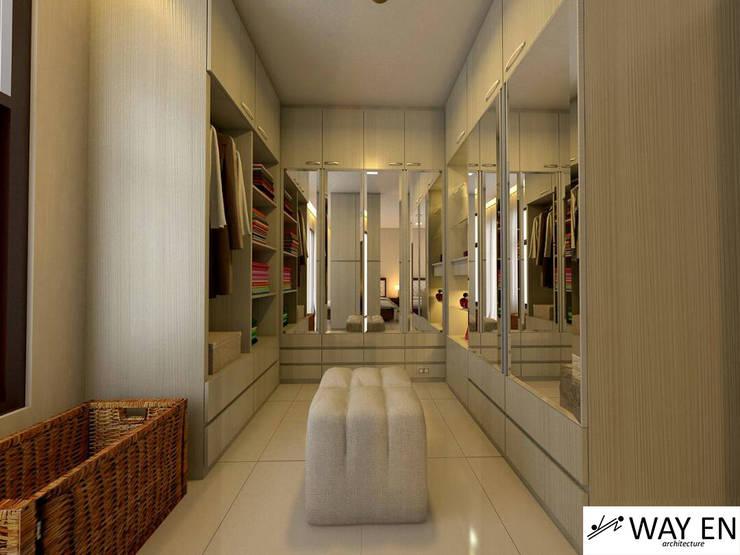Wardrobe Kamar Tidur Utama:  Bedroom by Way En Architecture