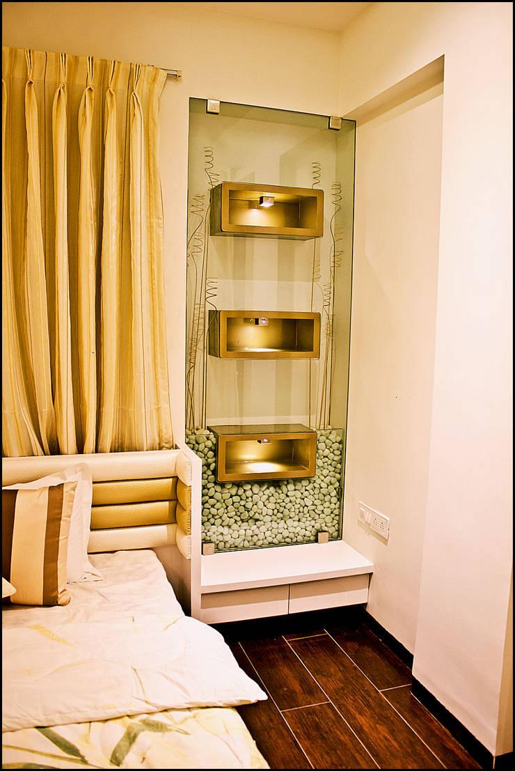 La tierra,Pune:  Bedroom by H interior Design,Modern Glass