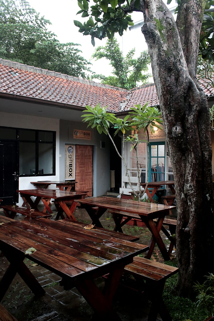 Taman Tengah – Joint Creative Space:   by Lukie Widya - LUWIST Spatial