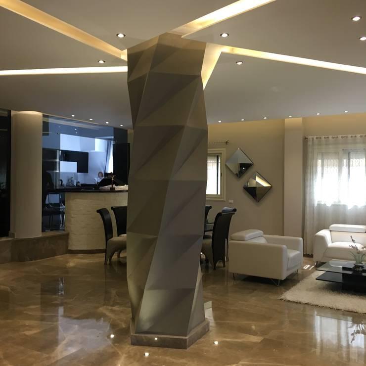فيلا بالتجمع الخامس – القاهرة الجديدة:  المنزل تنفيذ POINT Design.