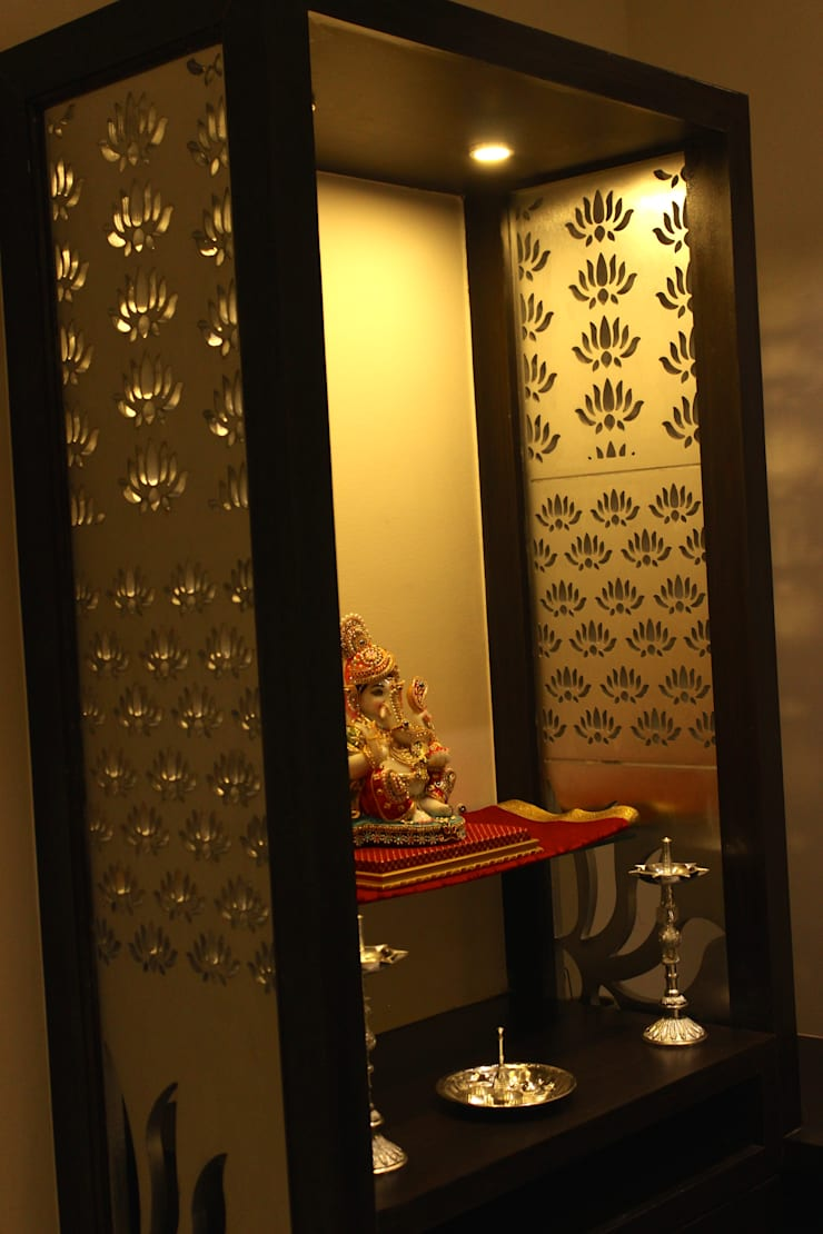 Mystic Moods,Pune:  Dining room by H interior Design
