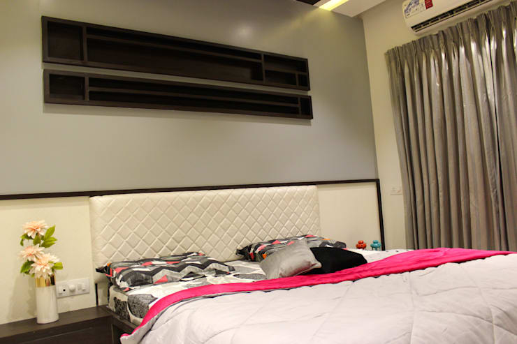 Mystic Moods,Pune:  Bedroom by H interior Design