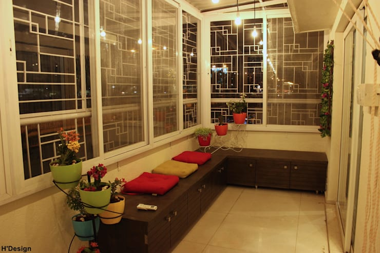 Mystic Moods,Pune:  Terrace by H interior Design