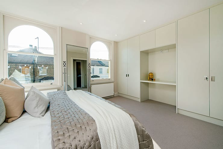 Hannell Road:  Bedroom by Maxmar Construction LTD