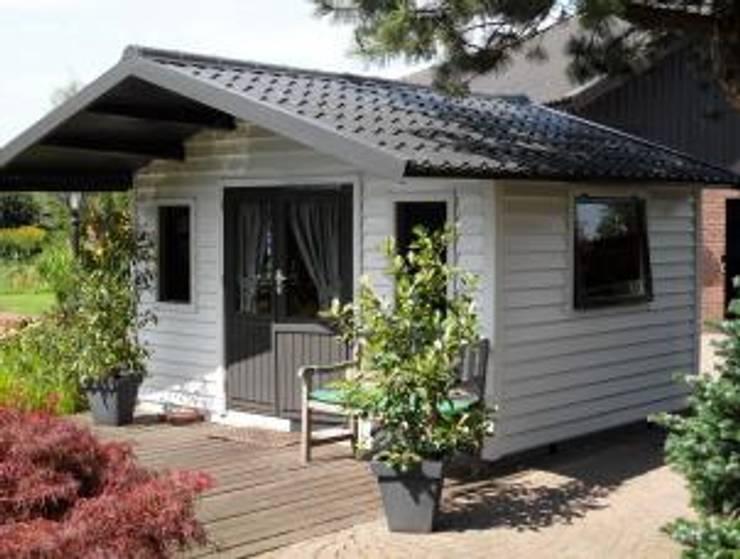 Tuinhuis met dakpanplaten:  Dak door Beplatingswinkel