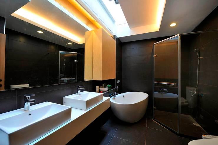 Baños de estilo  por EO design studio