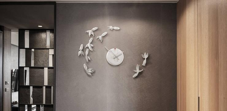 Haoshi Goldfish Clock Goodluck Nonstop:  Bedroom by Just For Clocks