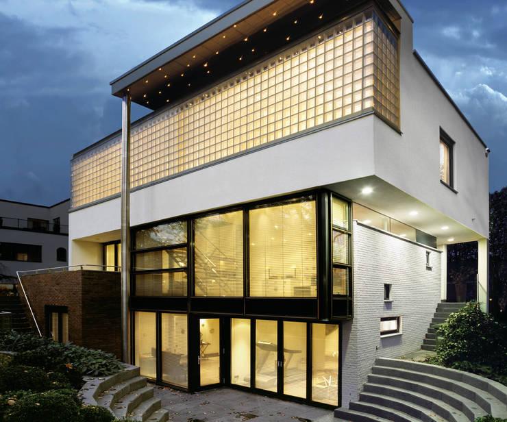 Villa Bliek - Den Haag:  Villa door Archipelontwerpers, Modern