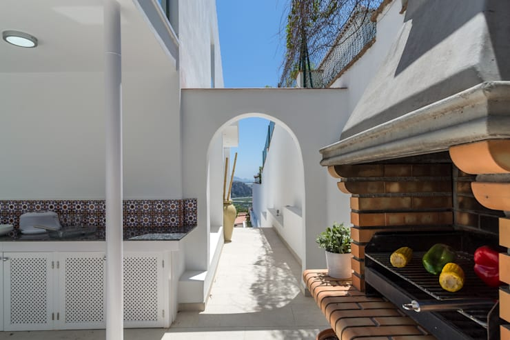 Barbacoa: Terrazas de estilo  de Home & Haus | Home Staging & Fotografía