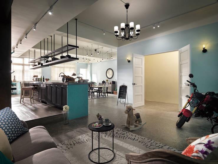 玩食樂章-烘培坊的玄關入口處的規劃設計:  餐廳 by 一水一木設計工作室