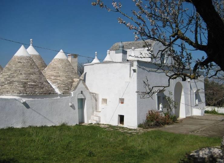 Il Gelso Bianco:  in stile  di Architetto Floriana Errico,