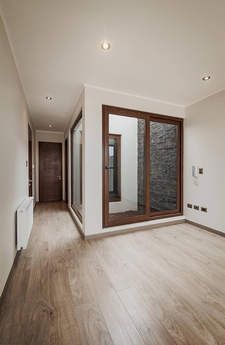 Casa Montemar 3: Dormitorios de estilo  por Bauer Arquitectos