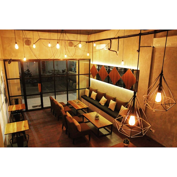 Nefes ID Cafe G-Walk Surabaya:  Ruang Makan by JM Interior Design